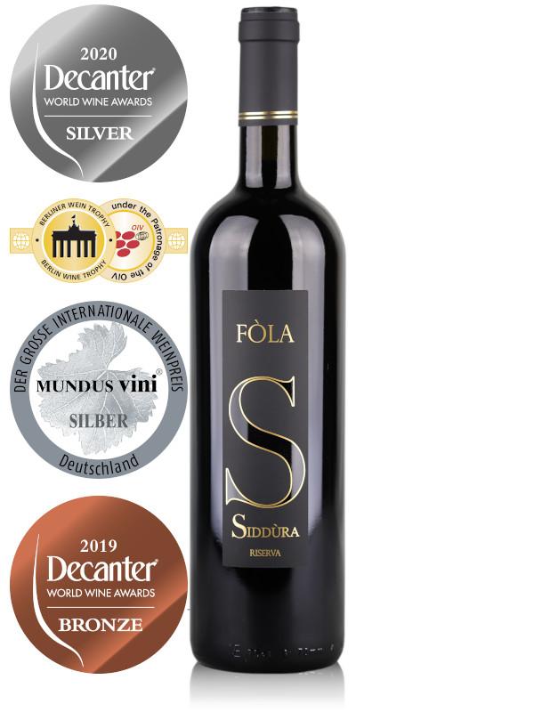 Bottle of red wine Siddura Fola Cannonau Riverva 2017