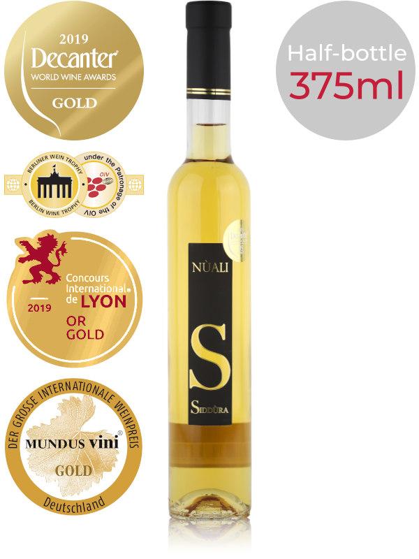 Bottle of dessert wine Siddura Nuali Passito 2016 Moscato di Sardegna DOC Half-bottle