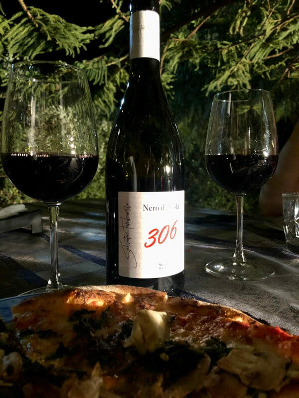 306 Biologico Nero d'Avola red wine and delicious pizza