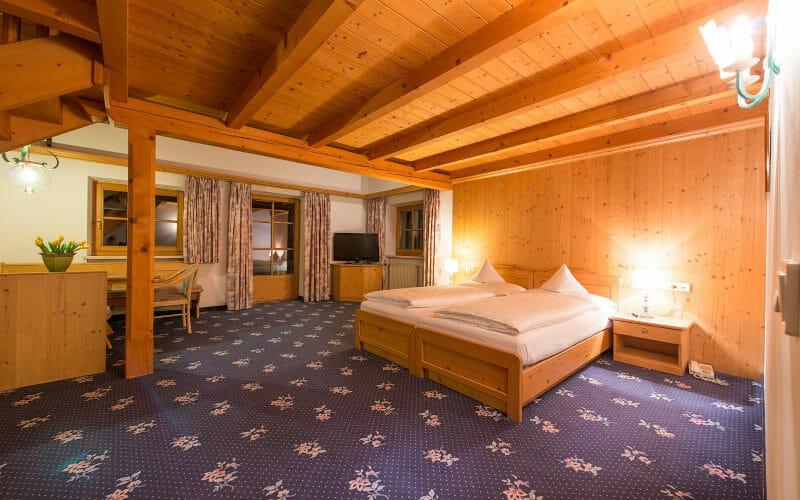 Room at Schwartz Adler Turmhotel, Kurtatsch