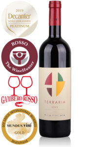 Bottle of red wine Villa Pinciana Terraria 2013 Maremma Toscana DOC, Sangiovese, Cabernet Sauvignon, Petit Verdot