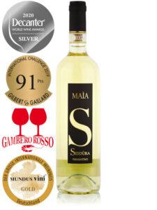 Bottle of award-winning Italian white wine Siddura Maia 2019 Vermentino di Gallura DOCG Superiore
