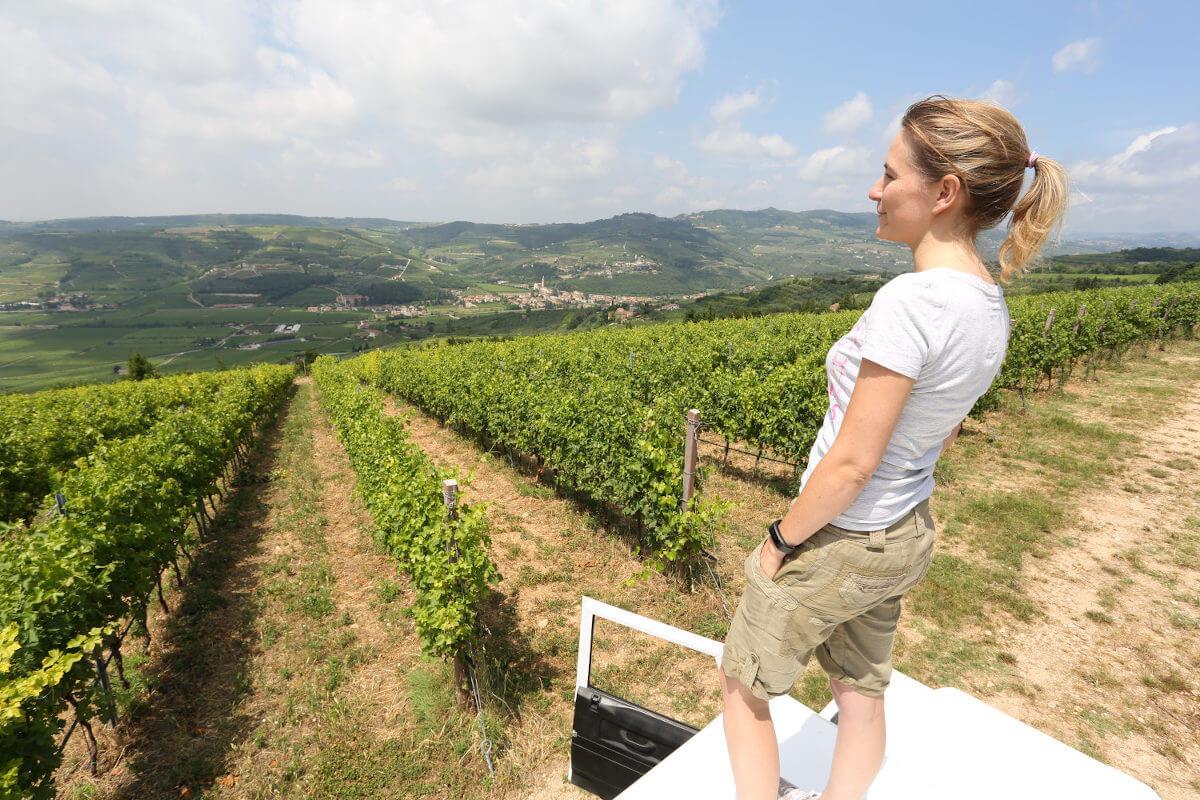 Camilla Massimago the winemaker of Massimago, overlooking Valle di Mezzano