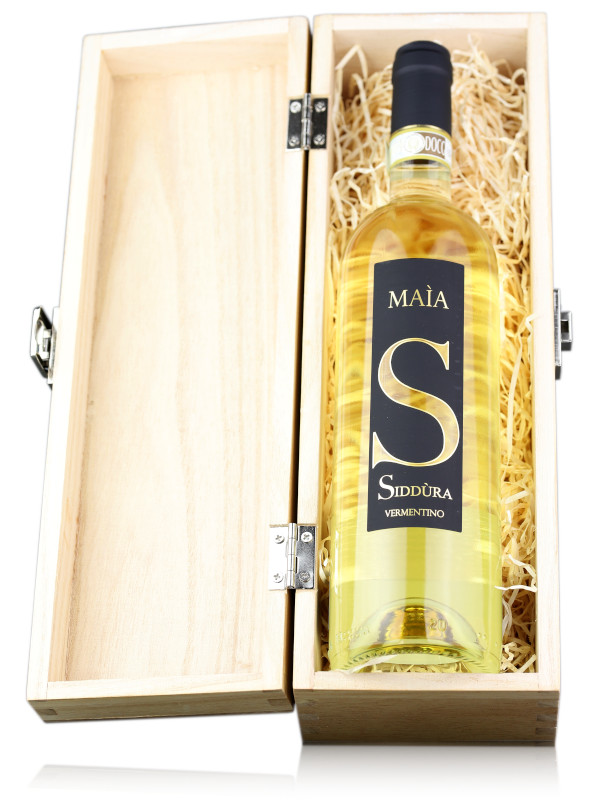 Bottle of Italian white wine Siddura Maia Vermentino di Gallura DOCG Superiore 2019 in Wooden Gift Box